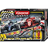 Carrera 20062482 GO!!! Speed Grip Rennstrecken-Set | 5,3m Rennbahn mit Vettels Ferrari SF71H&Hamiltons Mercedes-AMG F1 W09 EQ...
