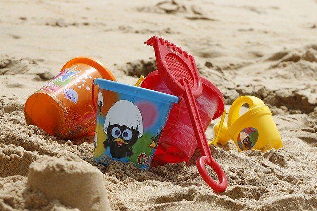 Wasser und Strandspielzeug