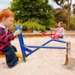 Kinderbagger / Spielzeugbagger für den Garten