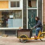 Lastenräder zum Transport der Kinder und schwerer Gegenstände