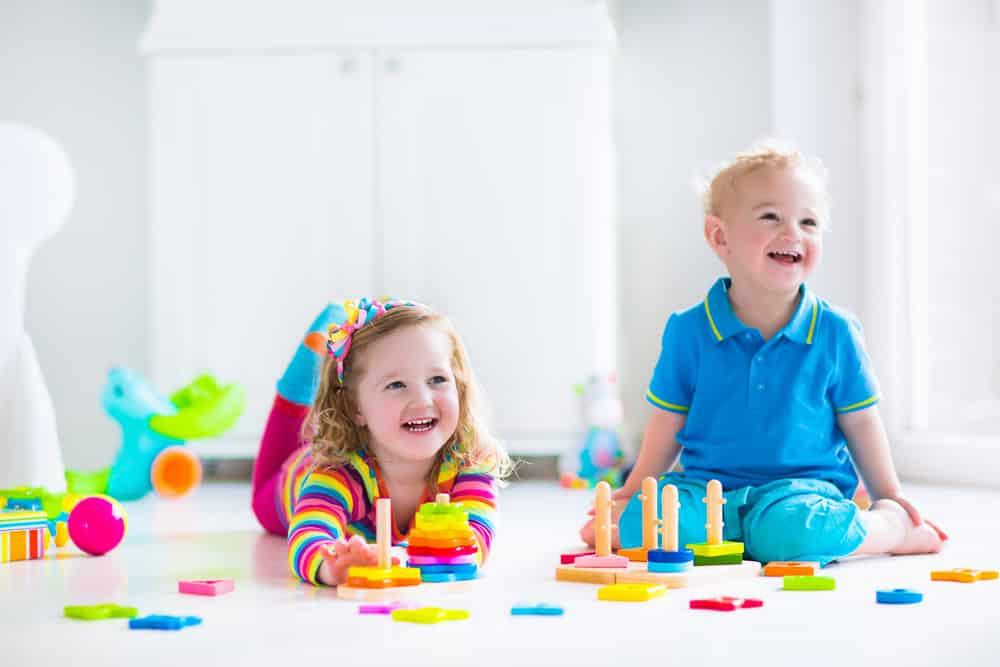 Holzspielzeug für 2-Jährige